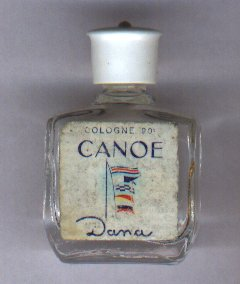 Canoé vide étiquette abimée  de Dana