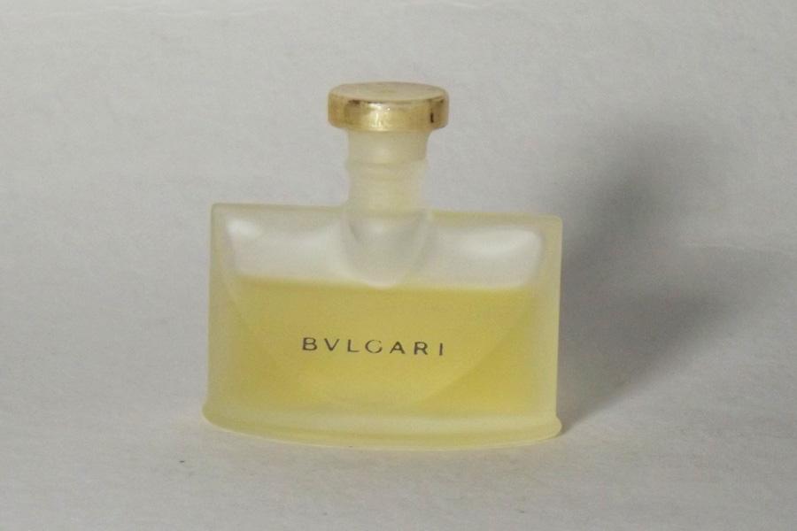 Bulgari Eau de parfum 5 ml doré du bouchon effacé de Bulgari