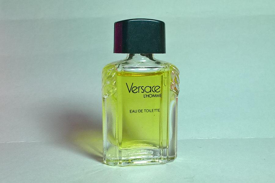 Versace Eau de toilette hauteur 4.9 cm de Versace